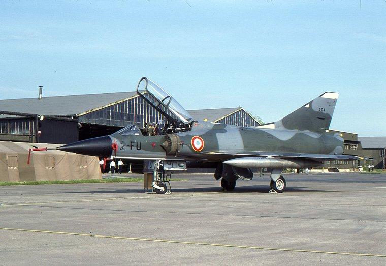 Dassault-Breguet Mirage III MIIIB_N204_2-FU_JUN80-06